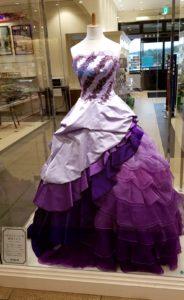 本物のドレス